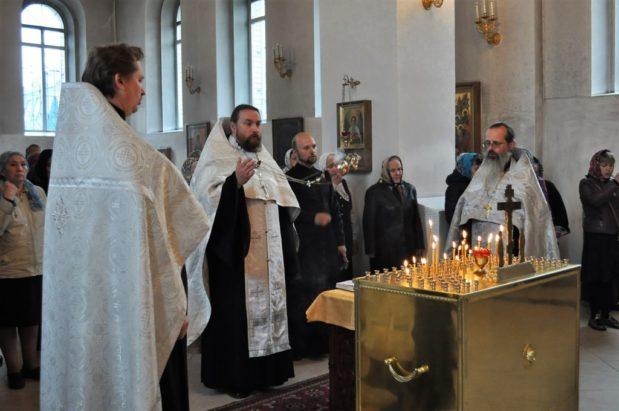 В 40-й день со дня кончины митрофорного протоиерея Михаила Ильницкого в храме совершена панихида